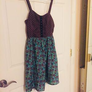 Earthly Pleated Scrunch Back Faux Hook Front Dress